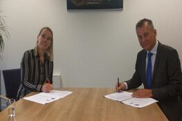 Ondertekening contract Waypoint
